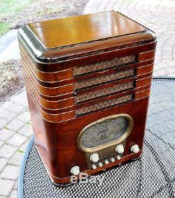 Rare Original Antique Vintage ZENITH 5S327 TOMBSTONE Wood Deco Tube Radio Works