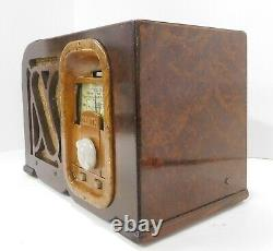 Rare Zenith Model 6P428 Tabletop Radio Working and A Beauty