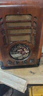 Rare collectable Antique 1937 Zenith Model 5S-127 Blackdial radio