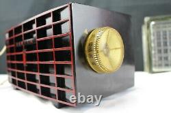 Tube Type Zenith Long Distance AM Radio-Black Case Red Face Works Model R509Y