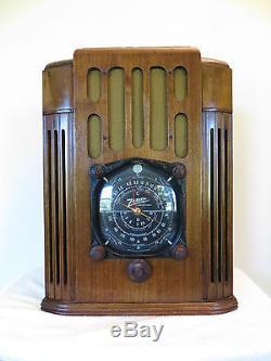 VINTAGE 1930s OLD ZENITH ART DECO HUGE WALTON SIZE DEPRESSION ERA ANTIQUE RADIO