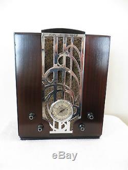 VINTAGE 1930s OLD ZENITH ART DECO MID CENTURY MACHINE AGE CHROME WOOD TUBE RADIO