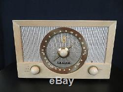 VINTAGE 1950s OLD ANTIQUE ZENITH BLOND WOOD NEAR MINT AM FM TUBE RADIO, WORKS