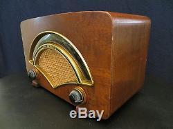 VINTAGE 1950s OLD ZENITH BRASS SYMPHONY HALL NEAR MINT AM FM TUBE RADIO, WORKS