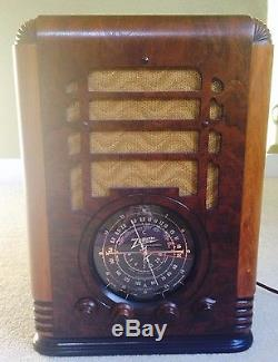VINTAGE/ANTIQUE Zenith Tombstone 5-S-127 5 Tube Radio FULLY RESTORED WOW