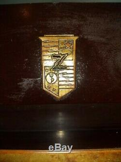 VINTAGE CLASSIC 40s ZENITH BRASS COLOR TRIM OLD BAKELITE RADIO