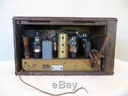 VINTAGE OLD 1930s ZENITH WORLDS FAIR GLASS ROD ART DECO DEPRESSION ERA RADIO