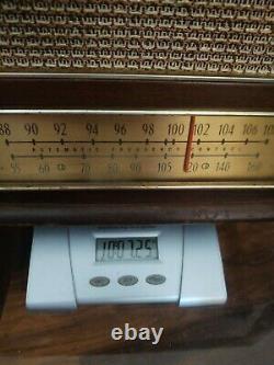 VINTAGE ZENITH AM FM TUBE RADIO MODEL G730 wood cabinet WORKS