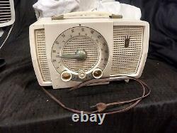 VINTAGE ZENITH AM-FM WORKING RADIO MODEL Y724 1956 Made in USA