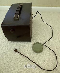 VINTAGE ZENITH AM-FM WORKING RADIO MODEL Y724 circa 1956 Made in USA