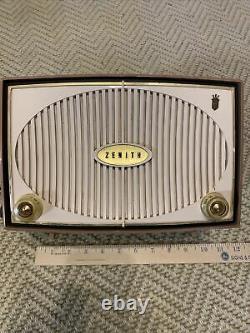 VINTAGE Zenith TUBE AM RADIO 1950s Cream/White Mid Century Design Works