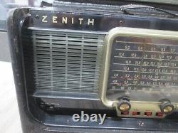 VINTAGE Zenith Trans-Oceananic WAVE -MAGENT Portable Radio Receiver