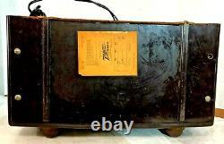 VTG Bakelite ZENITH TONE REGISTER AM/FM Tube Radio, Model 8-14428, Works Great