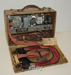 Very Nice 1941 Zenith 6G601M Suitcase Sailboat Motif Vacuum Tube Antique Radio