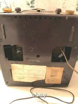 Very Rare Zenith Bakelite 1954 T545 Radio / 45 RPM Record Player Working