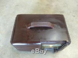 Vintage 1940s Zenith Long Distance Bakelite Tube Radio Model 6d612