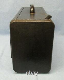 Vintage 1946 ZENITH TRANS-OCEANIC Tube Radio 8G005YT Partially Working