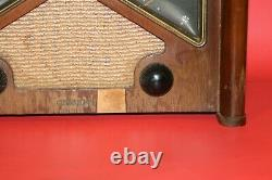 Vintage 1946 Zenith boomerang 6D029 Table Top Radio WORKING & SOUNDS GREAT