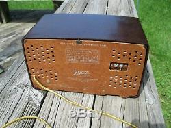 Vintage 1950's MID Century Modern Zenith Am/fm Tube Radio. Electrically Restored