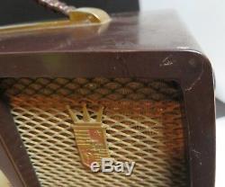 Vintage 1950's Zenith Tube Radio Bakelite