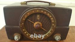 Vintage 1950s Zenith H725 Bakelite Tube Radio Working Standard FM Antique