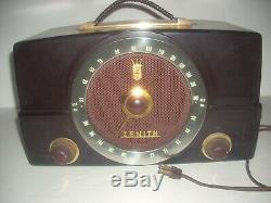 Vintage 1950s Zenith Tube Radio H725 Works! Am Fm Bakelite