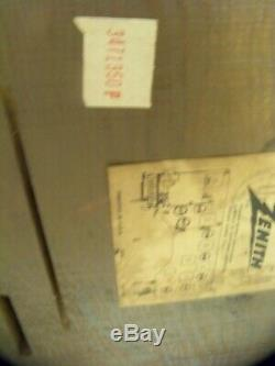 Vintage 1951 Zenith High Fidelity Tube Radio