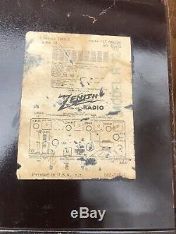Vintage 1951 Zenith Tube Radio Model H724z