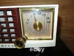 Vintage 1956 Zenith Alarm Clock Tube Radio Model Z519-W Mid Century Modern NICE