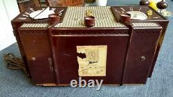 Vintage 1956 Zenith Mid Century Clock Radio A733 Complete And Very Restorable
