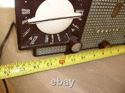 Vintage 1956 Zenith Tube Radio AM FM with Clock Model Z733 Mid Modern Design