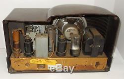 Vintage Art Deco 1938 Zenith 5R312 Tube Radio