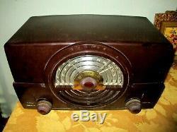 Vintage Bakelite Zenith Tone Register Tube Radio Model 7H920 Works