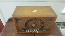 Vintage HiFi Zenith, High Fidelity AM/ FM Tube Radio