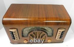 Vintage Original 1942 Zenith 6R631 Table Radio Excellent Condition. Boomerang