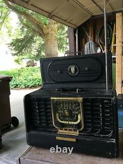Vintage Radio ZENITH trans-oceanic model G500 tube, used