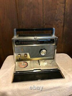 Vintage Radio Zenith Transoceanic Wave Magnet- Royal 1000 D In Good Condition