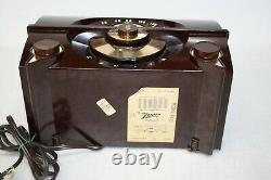 Vintage Rare 1950s Rare Zenith AM Tube Radio Model R615 Working