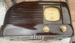 Vintage Retro Antique Zenith Table Radio 1939 Model 4-B-313 Battery Operated
