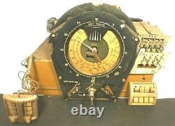 Vintage ZENITH 12-S-568 SHUTTERDIAL/ ch12A1 Untested CHASSIS w TUBES & 3 FACES