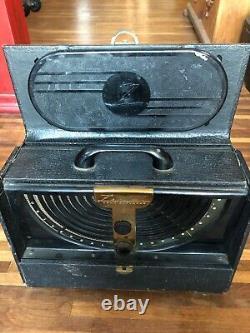 Vintage ZENITH LONG DISTANCE TUBE RADIO No. 6G001Y