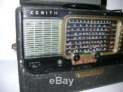 Vintage ZENITH Model T600L TransOceanic Short Wave Radio