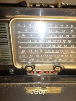 Vintage ZENITH TRANS-OCEANIC RADIO Marked S-4273 Works Great