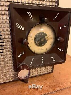 Vintage ZENITH Tube Bakelite Radio Clock Functional 1950's Mid Century Works