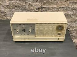 Vintage ZENITH Tube Radio with Clock, Memory Timer, model H519L