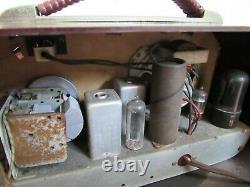 Vintage ZENITH tube RADIO 5G01 AM RETRO MCM 1949 bakelite RARE
