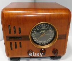 Vintage Zenith 5S218 Cube tube type BC/SW Radio