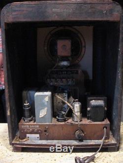 Vintage Zenith 6S330, 6-S-330 tube tombstone radio