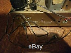 Vintage Zenith 8S463 Radio Chassis with 8 Tubes Working