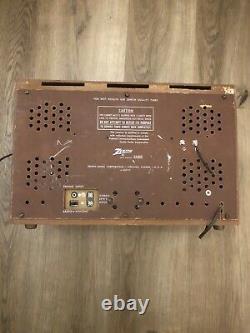 Vintage Zenith AM/FM Radio Model 835 The Super Symphonaire
